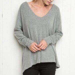 BRANDY MELVILLE Oversized V-neck Knit Grey Sweater